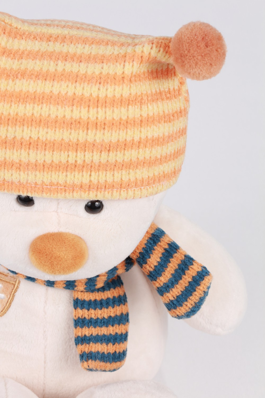 masha-orange-hat-1