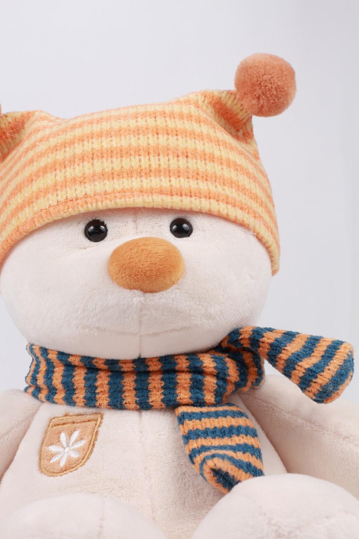 masha-orange-hat-2